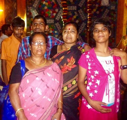 2015 Durga Puja Ramesh, Sunil and Tamina with two of our mashis - Minu and Sabita