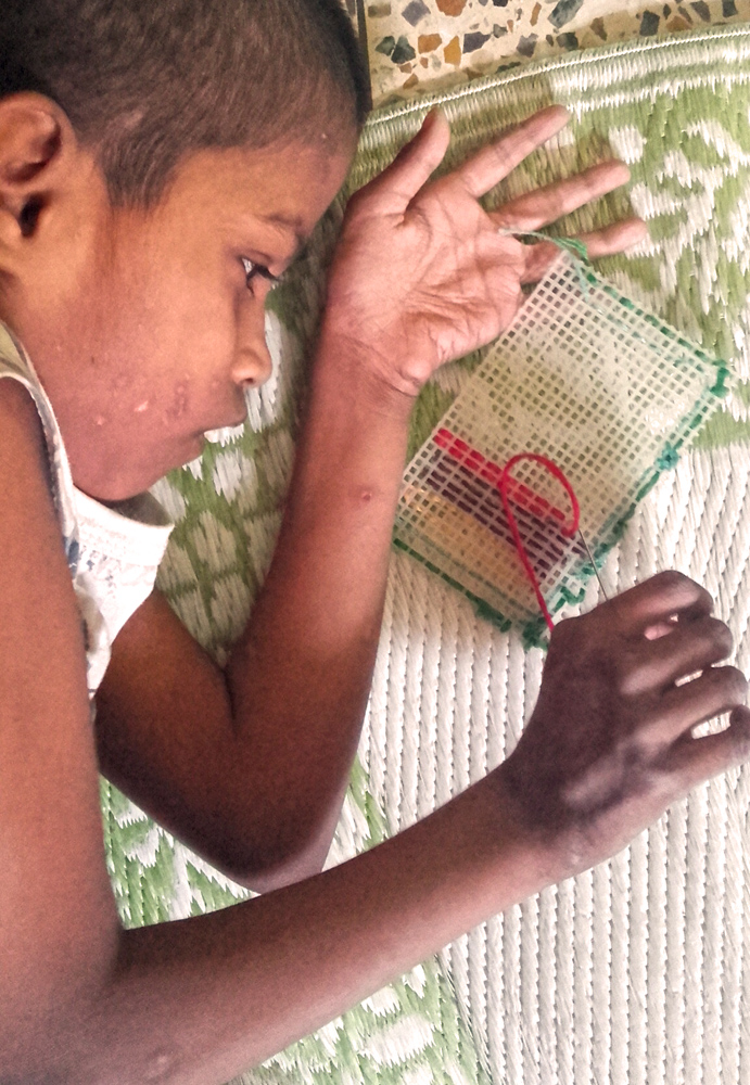 shuktara 2016-05-05 - Guria carefully stitching