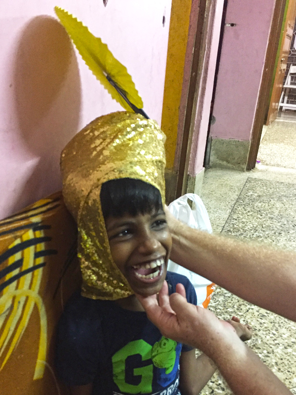 shuktara - 2017 October - Guria with a fantastic gold head scarf