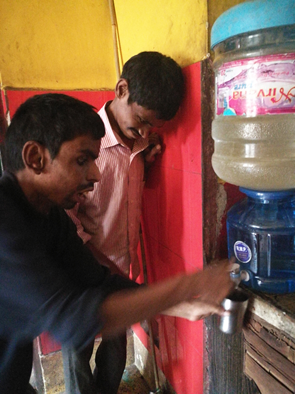 shuktara - 2017 November - Anna and Ramesh enjoy a glass of fresh water