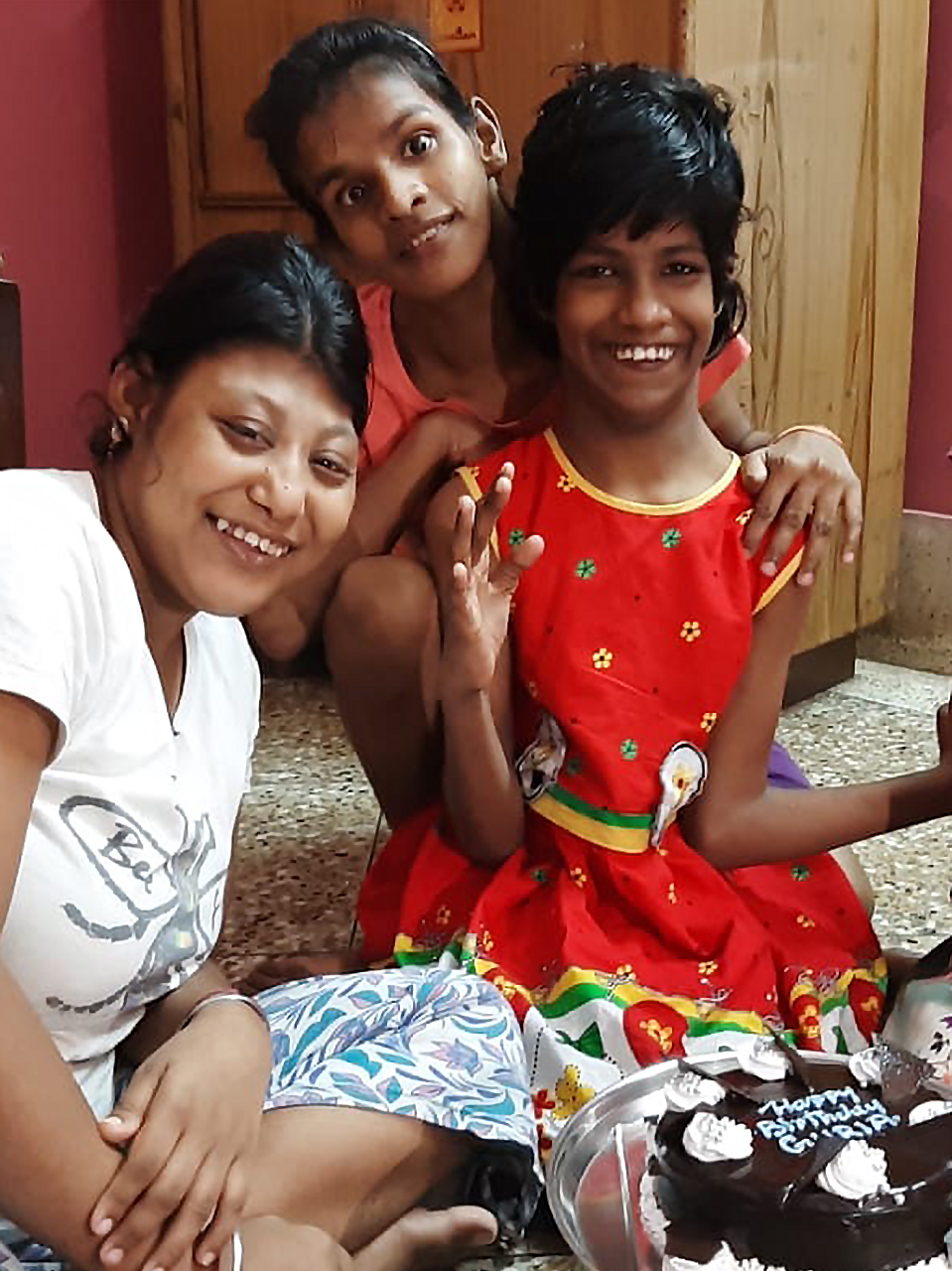 29 September - Muniya and Lali celebrate with Guria