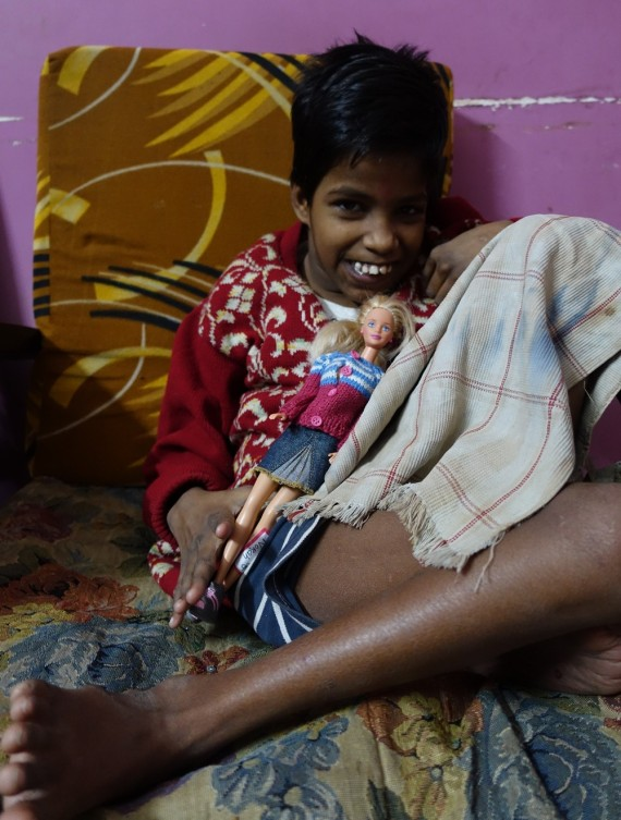 shuktara - Guria and her doll Norah