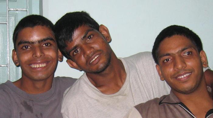 shuktara - Anna, Sunil and Bablu Lal 2006