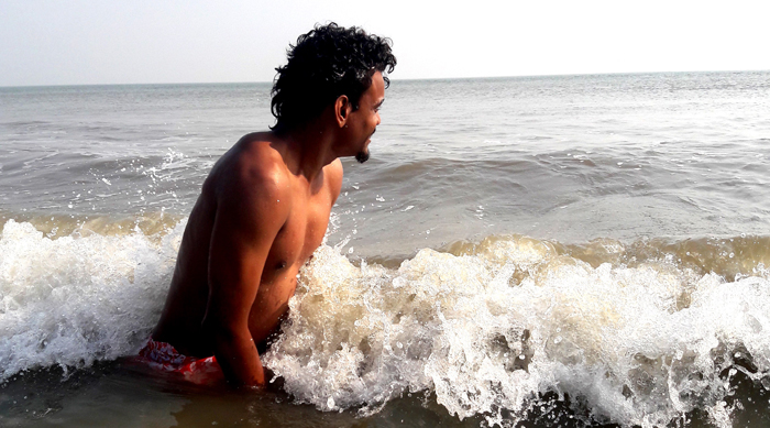 shuktara home for young adults with disabilities - 2017 January - Raju in the sea