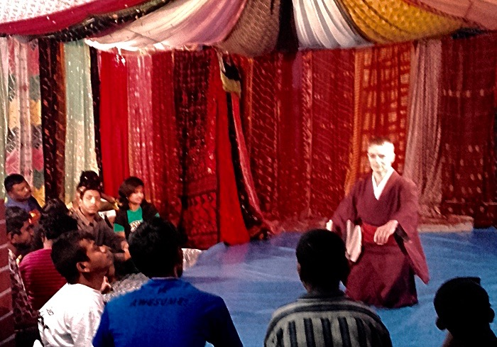 shuktara home for young adults with disabilities - 2017 February - watching Butoh on the roof