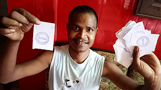 Shuktara distributes 200 food packets