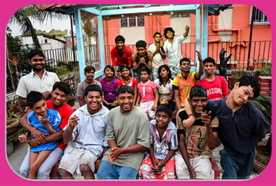shuktara group photo of girls and boys